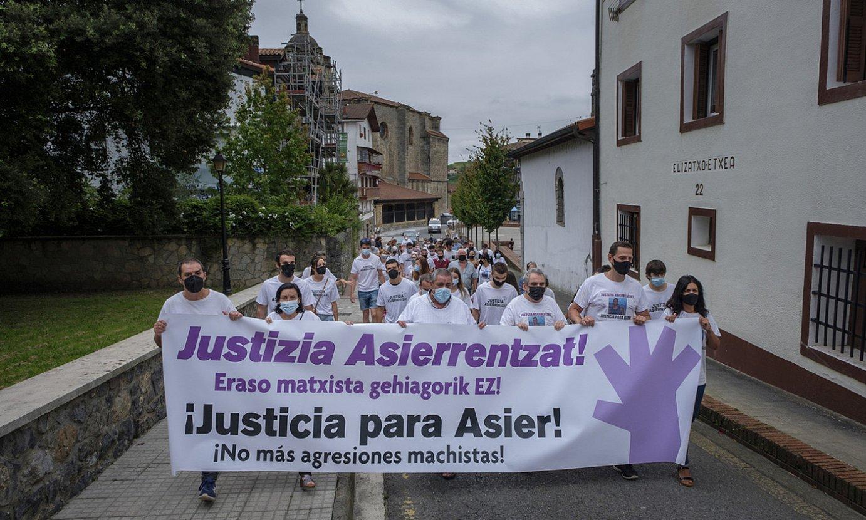 <b>Manifestazioa, atzo, Urnietan.</b> ©JON URBE / FOKU