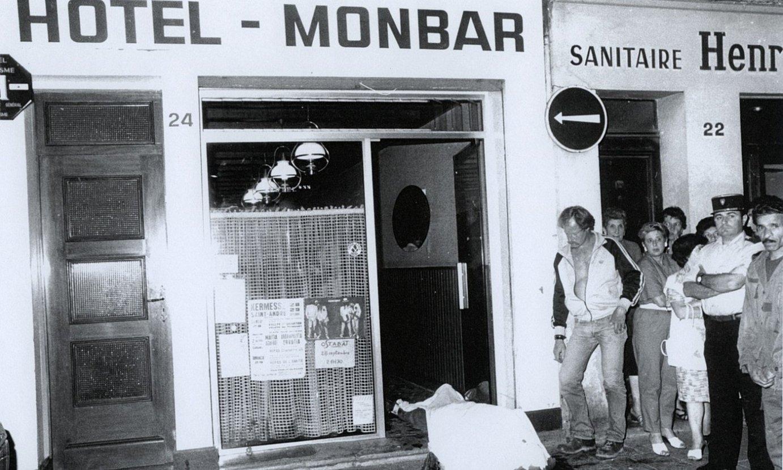 GALek lau lagun hil zituen Baionako Monbar ostatuan, 1985eko irailean. ©D. VELEZ
