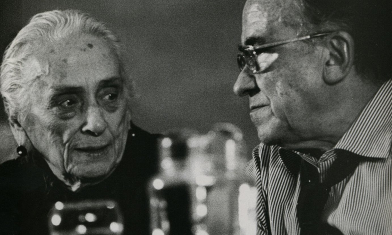 Dolores Ibarruri eta Santiago Carrillo, PCEren IX. Biltzarrean, 1978an. ©MARISA FLORES / EFE