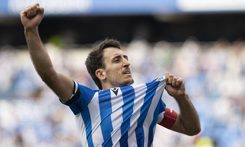 Mikel Oiartzabal gola ospatzen, joan den igandeko partidan. ©J. MANTEROLA / FOKU