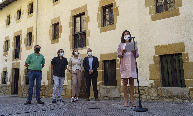 Beatriz Artolazabal Eusko Jaurlaritzako Berdintasun, Justizia eta Gizarte Politiketako sailburua, atzo, Olakueta Etxean. ©ARITZ LOIOLA/ FOKU