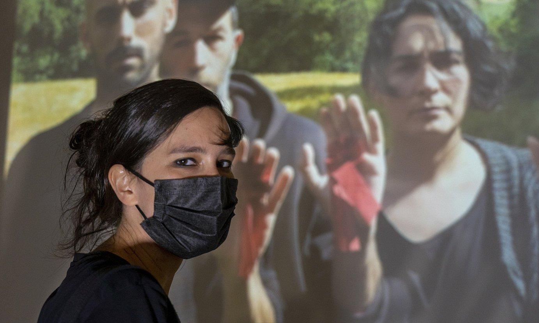 Eszter Katalin artista hungariarra Bilboko BIlboArteren erakusketa aretoan. ©MARISOL RAMIREZ / FOKU