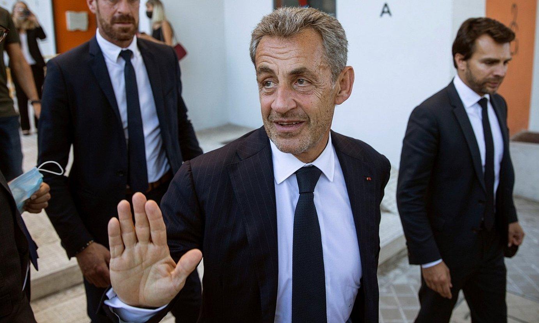 Nicolas Sarkozy, herenegun, Espainiako PPrekin izan zuen ekitaldi baten aurretik, Madrilen. ©RODRIGO JIMENEZ / EFE