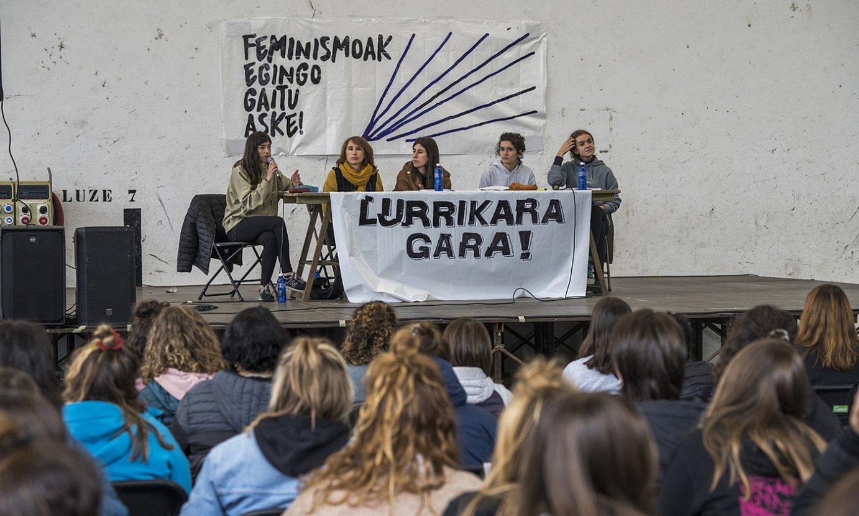 Euskal Herriko Neska* Gazteen Baterajotzea, atzo, Elizondon. ©ANDONI CANELLADA / FOKU