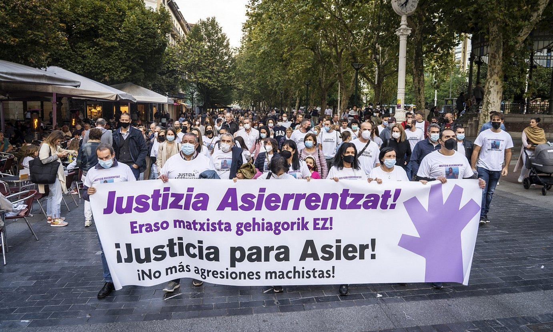 Asier Nieblarentzat �justizia� eskatzeko elkarretaratzea. ©GORKA RUBIO / FOKU