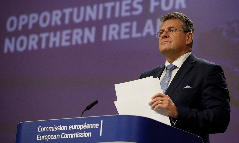 Maros Sefcovic Europako Batzordeko presidenteordea, atzoko prentsaurrekoaren aurretik, Bruselan. ©OLIVIER HOSLET / EFE