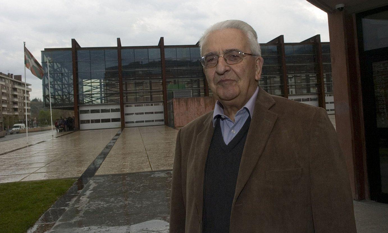 Piarres Xarriton, Durangon, Euskal Idazleen Elkarteak omendu zuelarik, 2008an. ©ANDONI CANELLADA /FOKU