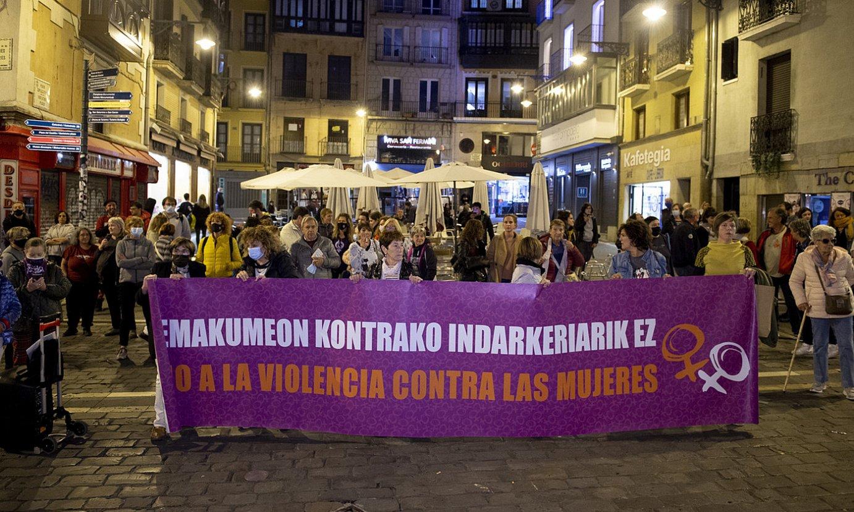 Indarkeria matxistaren aurkako elkarretaratze bat, Iruñean. ©IÑIGO URIZ / FOKU
