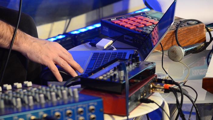 Landakoenea: Musika elektronikora hurbilduz, Telmo Trenorrekin