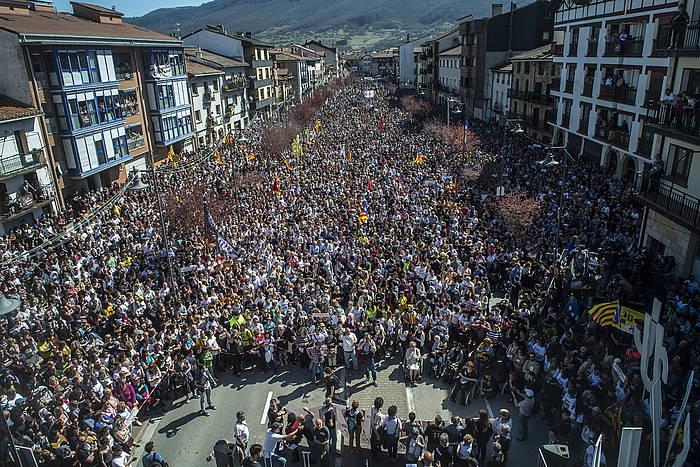 Altsasuko manifestazioan 60.000 lagun baino gehiago batu dira