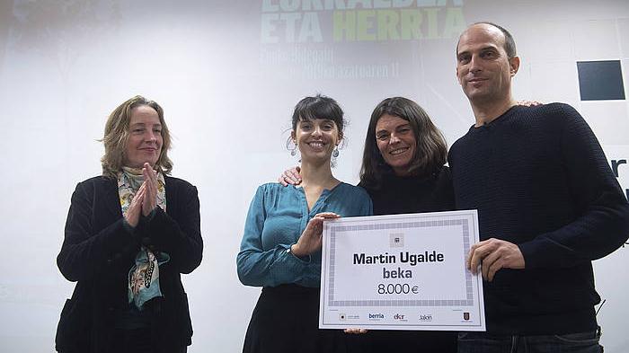 Martin Ugalde beka: 'Euskal Herria komunikabideetan'