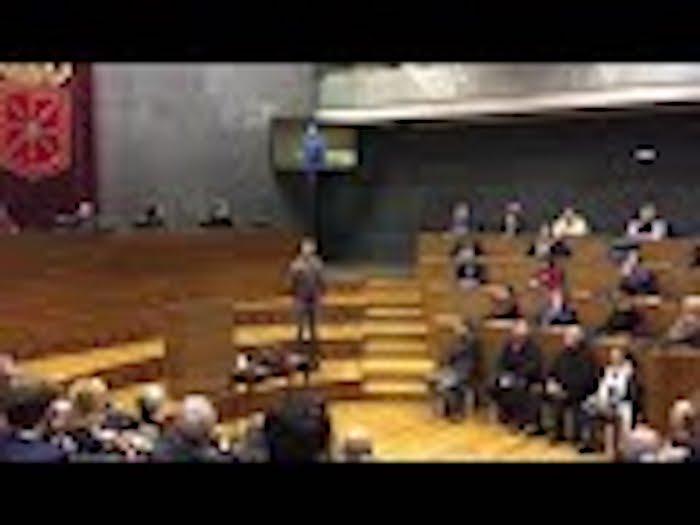 Nafarroako Parlamentuko Domina jaso du Euskaltzaindiak