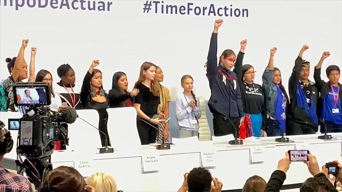 COPeko leihotik: Greta Thunberg-en agerraldia