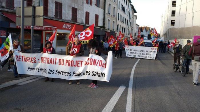Pentsioen erreformaren kontrako mobilizazioa Baionan