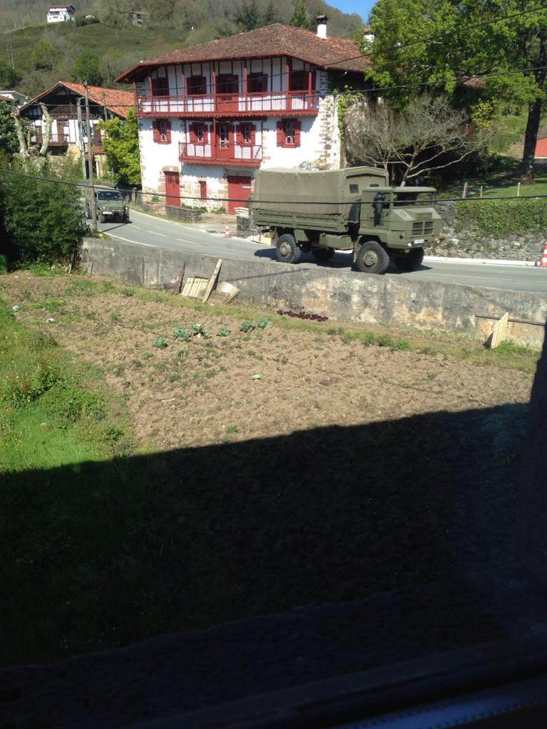 Militarrak Etxalarren