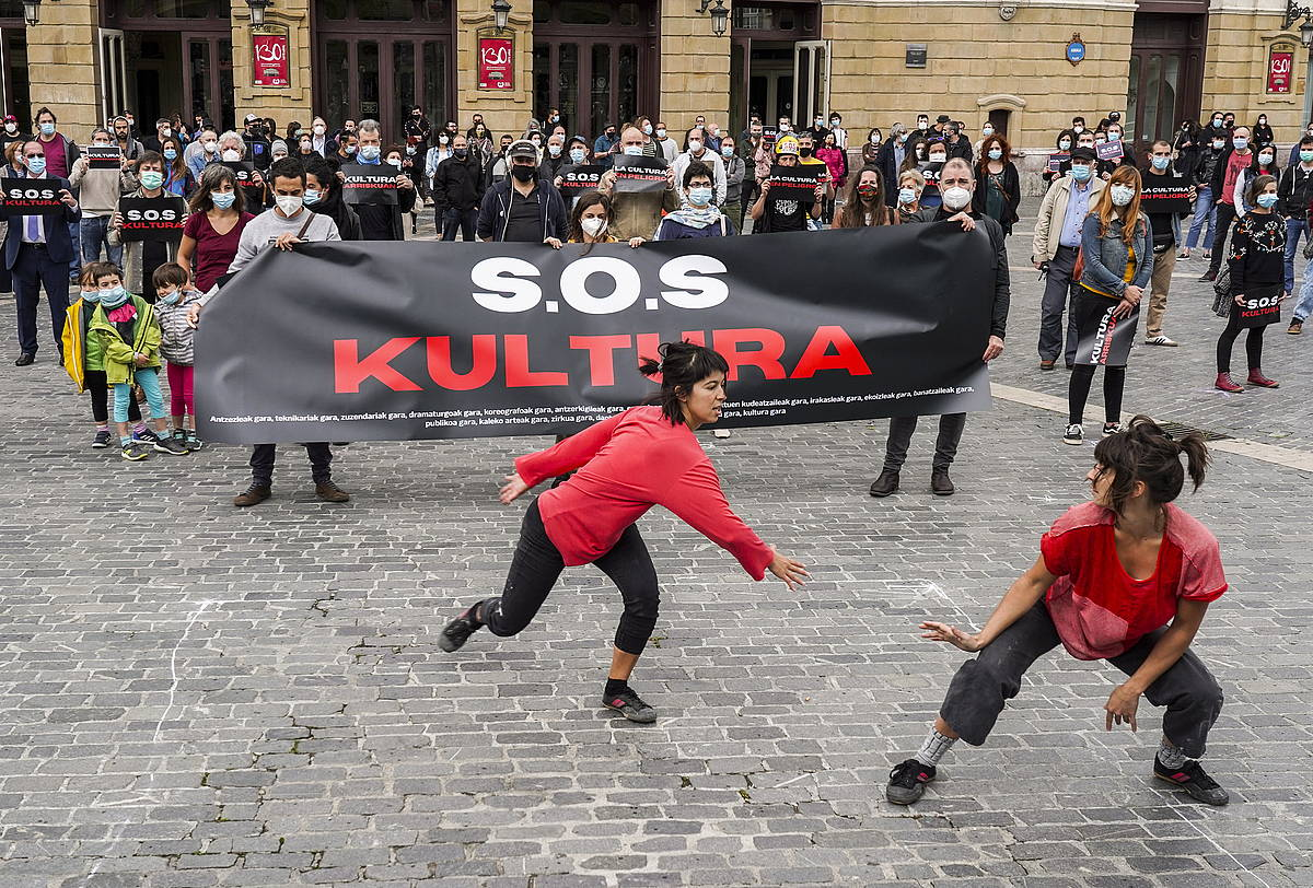 SOS Kulturaren agerraldia