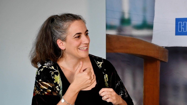 Lara Izagirre Zurriolako Butakan