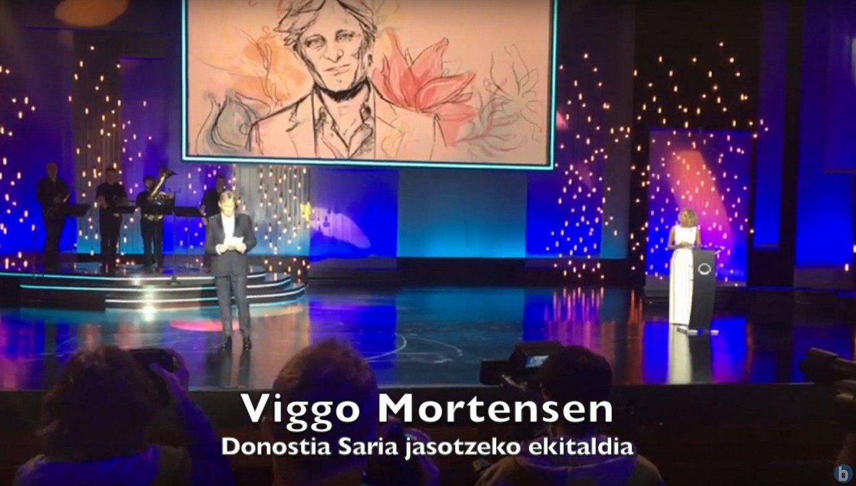 Viggo Mortensen Donostia Saria jasotzen