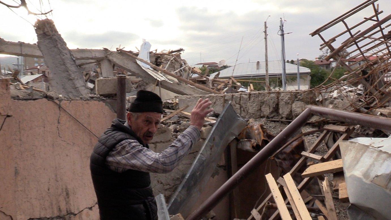 Stepanakerteko biztanleak, Karabakh Garaiko krisian