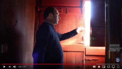 Luhuso:  ardo  saltzailearen  pasadizoa