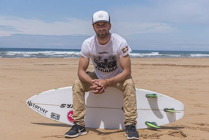 Axi Muniain surflaria