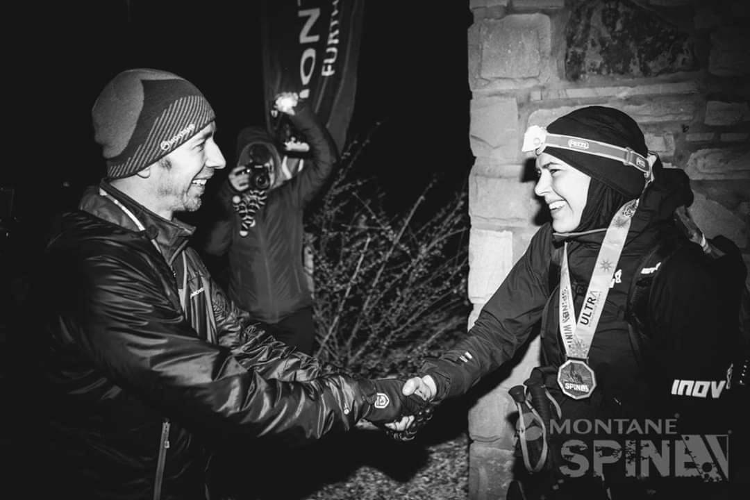 Jasmin Paris Spine Race ( 425 km ) mendi lasterketan txapeldun!