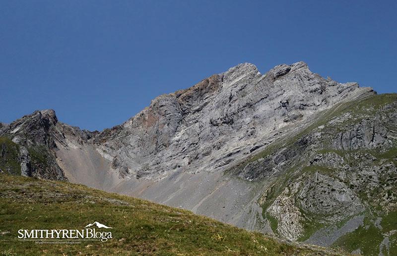 Atxerito (2.374 m):